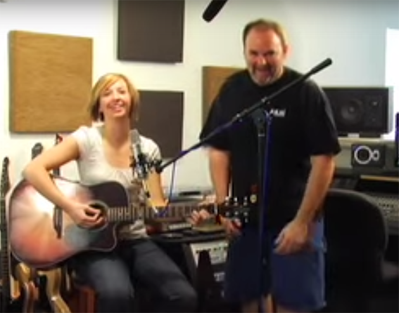 Acoustic Guitar Recording Tips - Video
